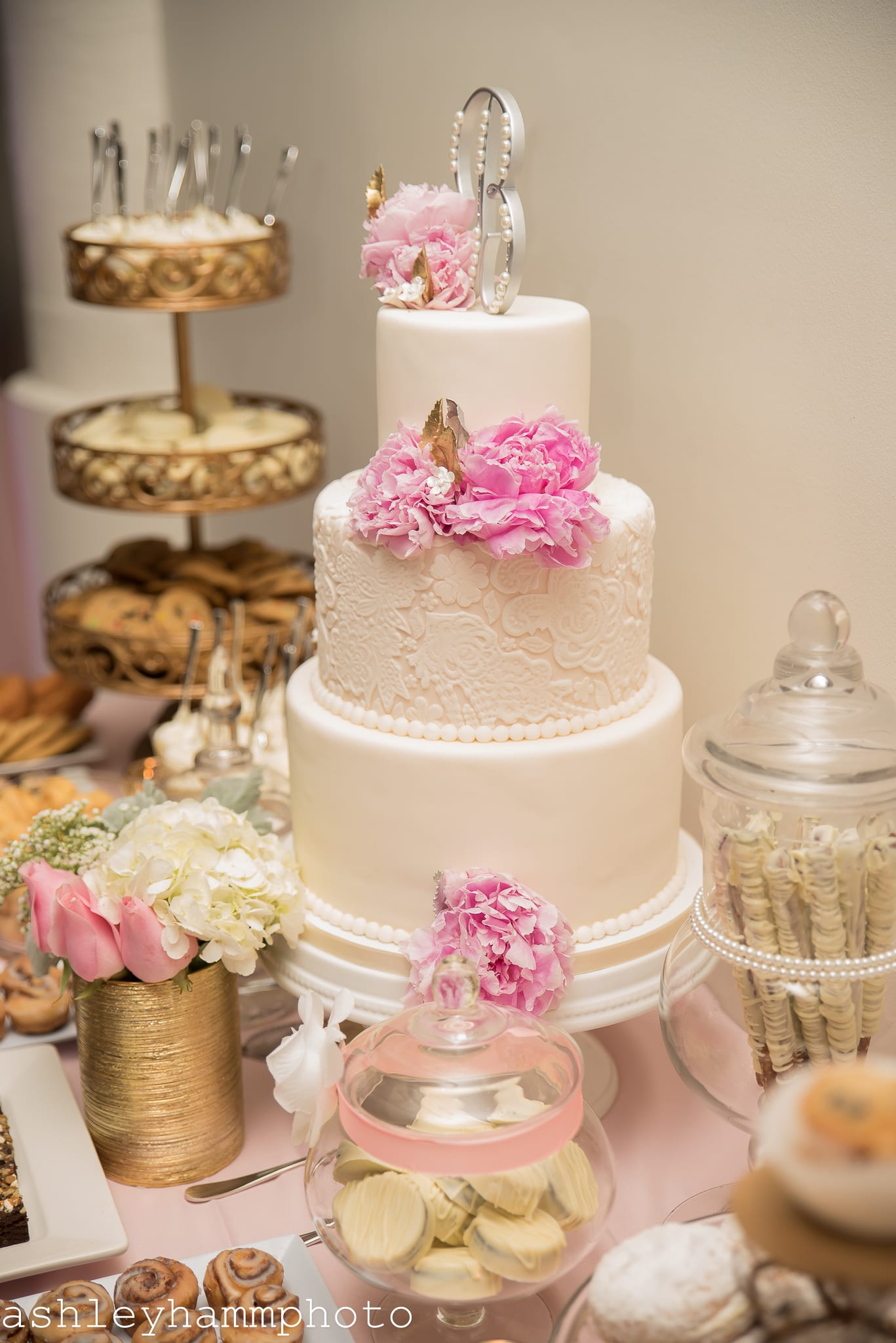 Chicago Wedding Cake Pink and White Traditional